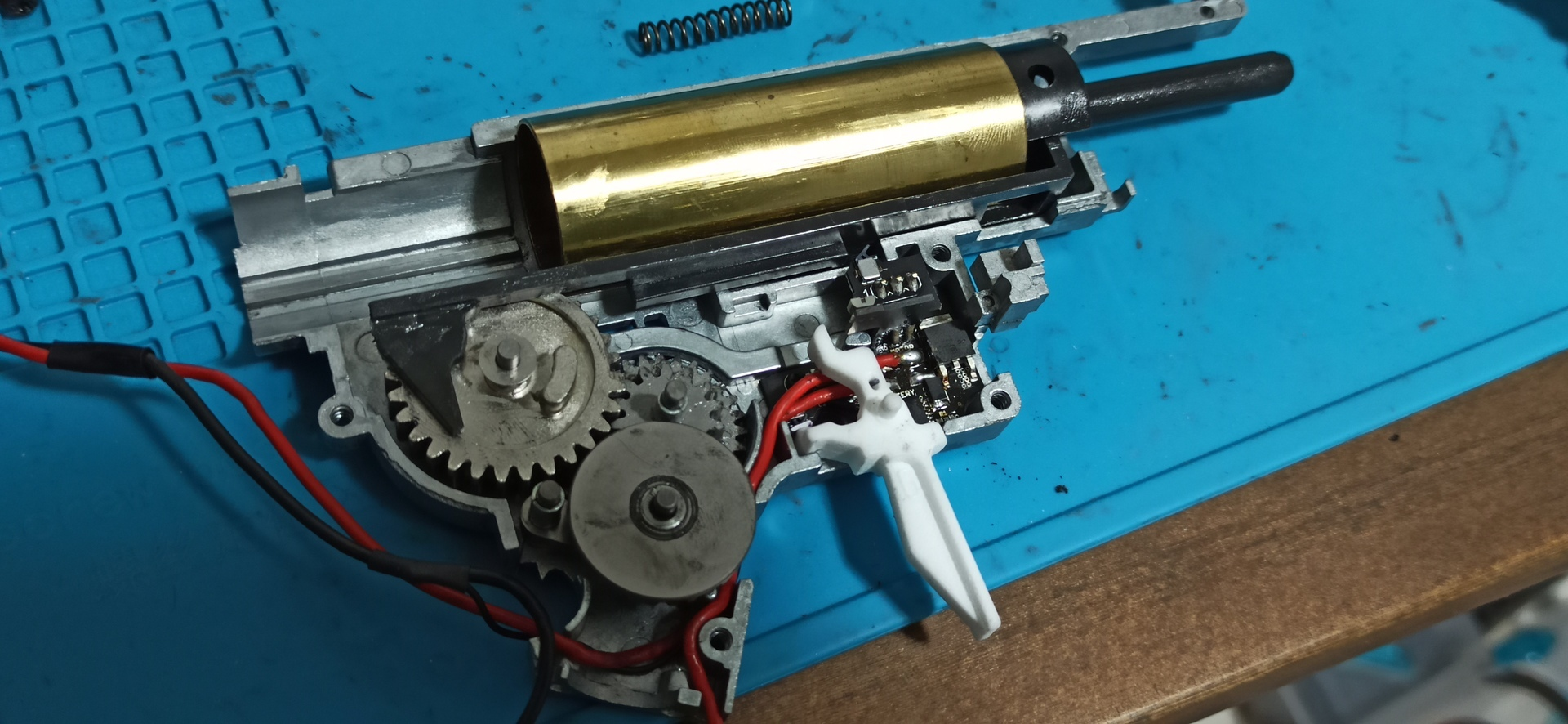 HK416_次世代軽量化Ⅱ_46_パーツ組込.jpg